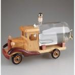 Dřevěné auto s cisternou